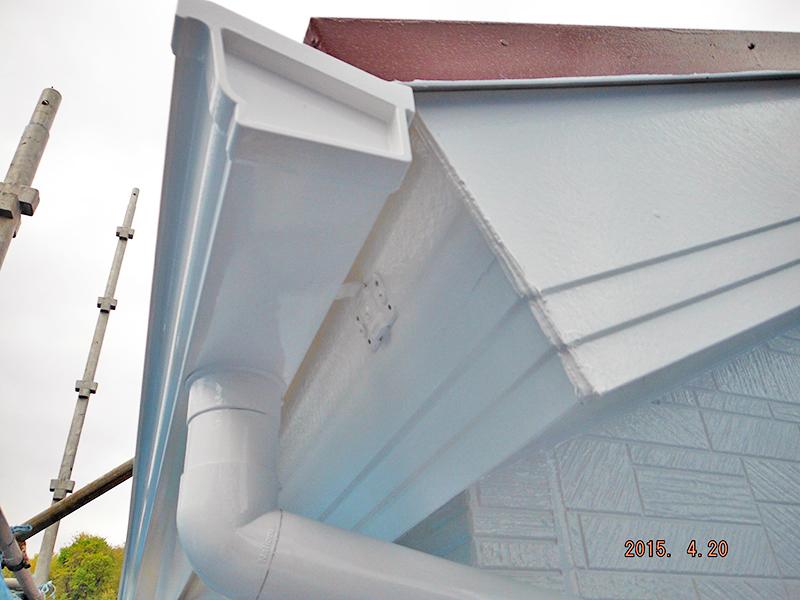 4/20雨樋横樋塗装完了