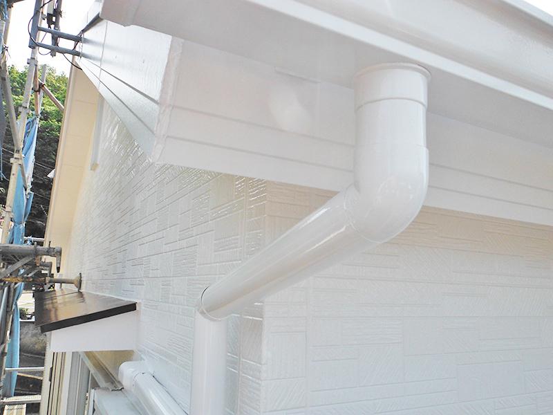 4/24雨樋縦樋塗装完了