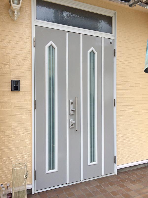 4/30玄関ドア塗装完了